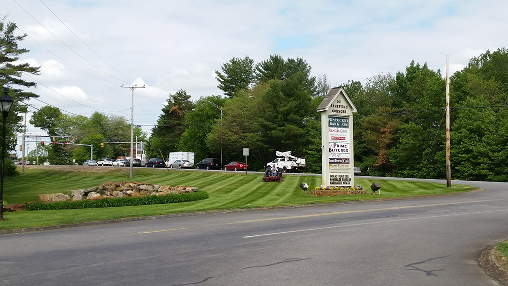 Commercial Lawn Mowing - Beane Town Plaza